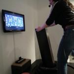 Mrs. Pacman lässt sich mit einem Riesenjoystick bedienen