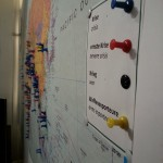 Die Weltkarte mit Pins zu Krisen und Waffenexporten in Zusammenarbeit mit der Uni Heidelberg.