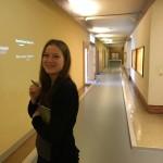 Zweiter Seitenweg in Originalräume des Stasigefängnisses: In den Verwaltungstrakt, genannt: Der Leiterflur.